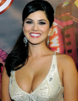 Cute and Bold sunny Leone